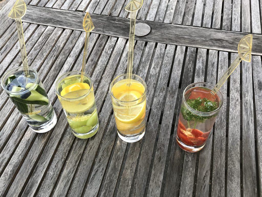 Zonnige zomerdrankjes met een smaakje